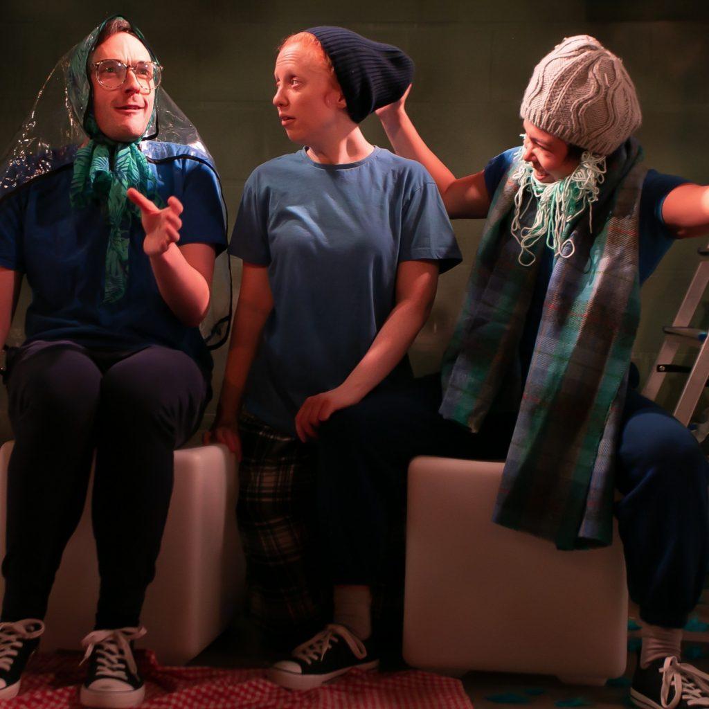 The blue Bird_grandparents scene_david fairs henna mackenzie jones siusee hung_lightbox theatre